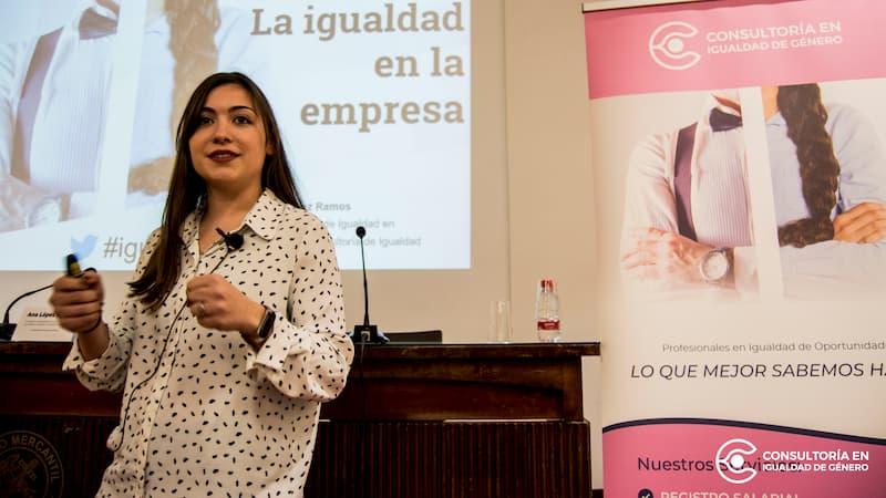 Ana López Ramos. Agente de igualdad en Ameltea - Consultoría de Igualdad. Psicóloga e investigadora de género
